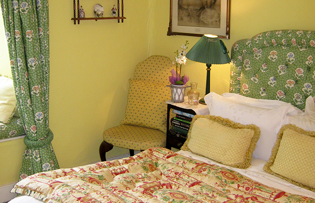 farmhouse bed and breakfast room